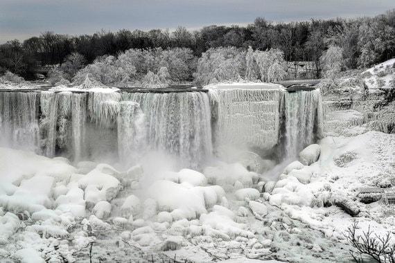 normal xa0 «Ледяная страна чудес». Ниагарский водопад частично замерз
