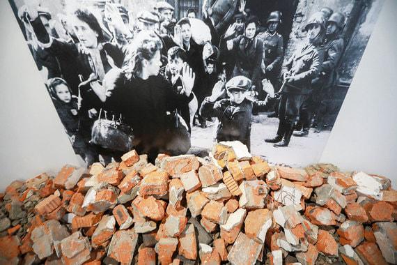 normal 1jhw Три московские выставки не дают забыть о Катастрофе