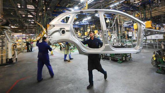 «АвтоВАЗ» седьмой год подряд сокращает штат