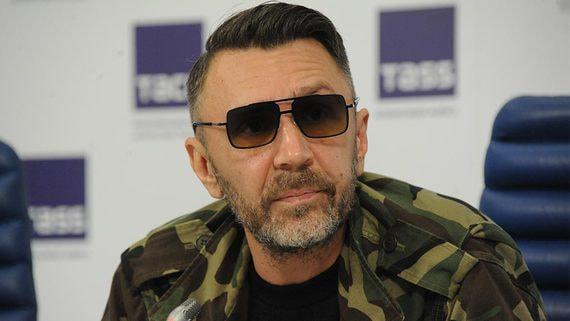 Шнуров может пойти на выборы в Госдуму от Партии роста