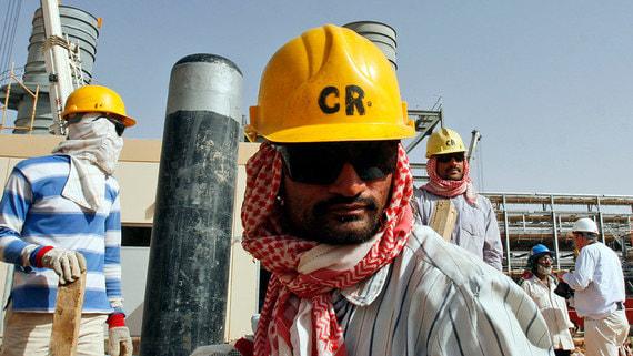 WSJ: Саудовская Аравия задумалась о выходе из нефтяного союза с Россией