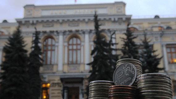 Крупнейшие банки возобновили массовое снижение ставок вкладов