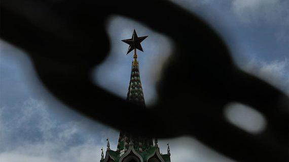 Три четверти россиян говорят о необходимости сильной руки в руководстве страны