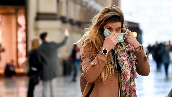 Мировые рынки резко упали из-за вспышки коронавируса в Италии