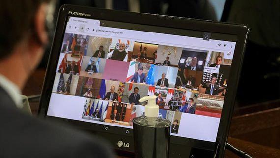 Лидеры «двадцатки» попросили мир помочь врачам и экономике