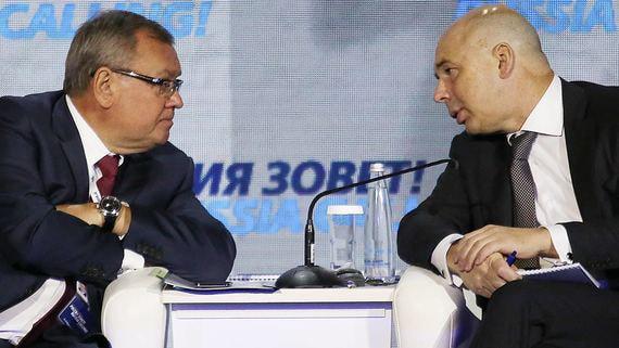 Правительство может купить у «Открытия» 15% ВТБ