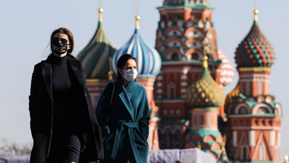 Коронавирус ухудшил настроения россиян и ударил по рейтингам власти