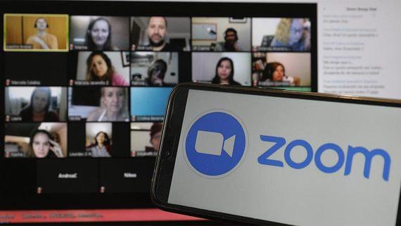 Zoom раскрывает личные адреса и телефоны пользователей «Яндекса»