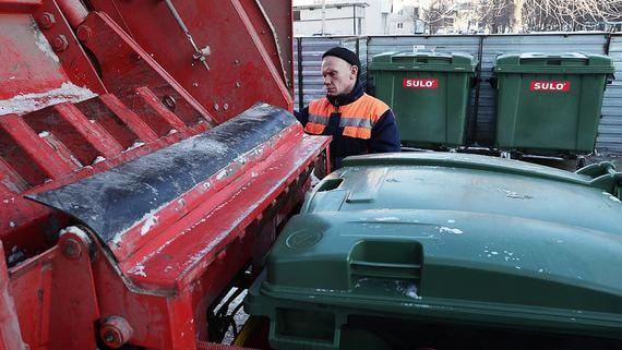 Правительство может направить 11 млрд рублей на поддержку мусорных операторов