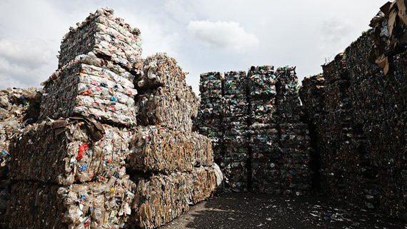 Показательные выступления мусора