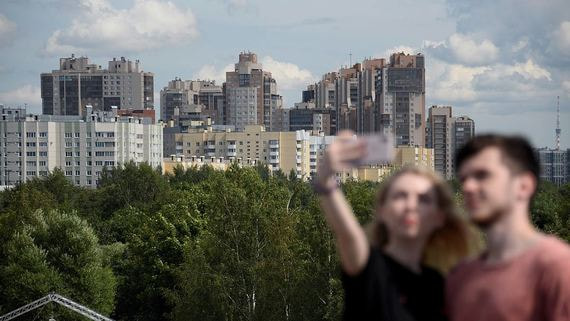 Крупнейшие банки рассказали, как отпускают россиян на кредитные каникулы