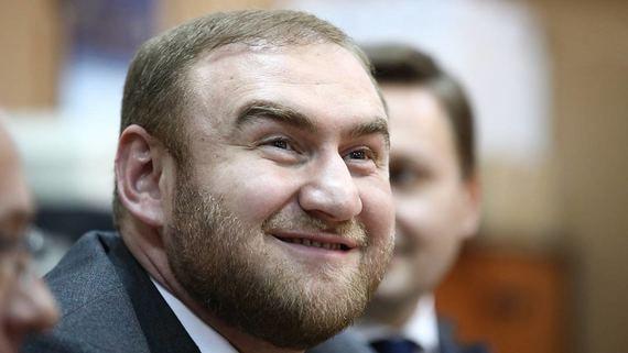 Суд отменил продление ареста бывшего сенатора Арашукова