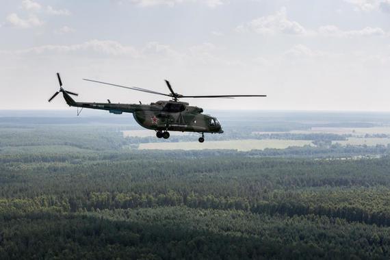 На Чукотке при крушении военного вертолета Ми-8 погиб его экипаж