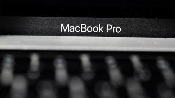 Обновленный MacBook Pro продается в России лучше предыдущих моделей