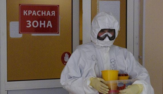 Песков попросил Минздрав разъяснить данные о смертности врачей