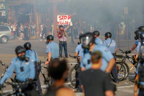 Беспорядки в США охватили еще ряд крупных городов