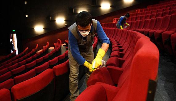 Кинотеатры в России начнут открываться в середине июля