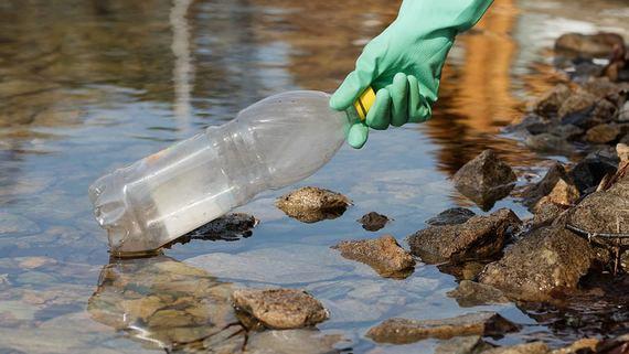 Калининградская и Мурманская области лидируют по загрязнению водоемов пластиком