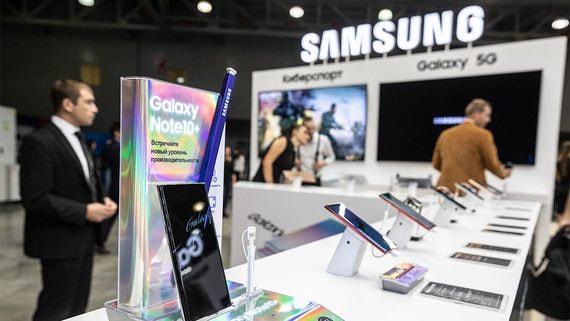 Samsung вернул себе 2-е место по продажам смартфонов в России