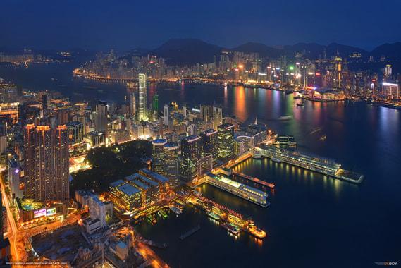 Трамп утвердил санкции против Китая и отменил преференции для Гонконга