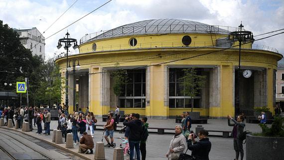 Полиция потребовала от метро в Москве проезжать станцию «Новокузнецкая»