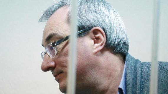 Бывшего губернатора Коми заподозрили в превышении полномочий