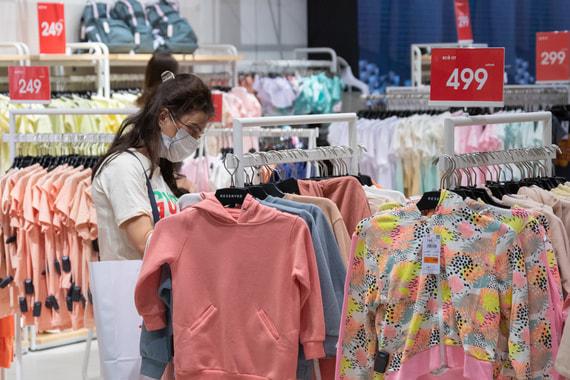 Магазинам Москвы выписали штрафы на 300 млн рублей за отсутствие масок