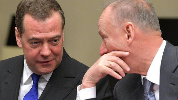 На работу Медведева в его новой должности могут выделить до 1,7 млрд рублей