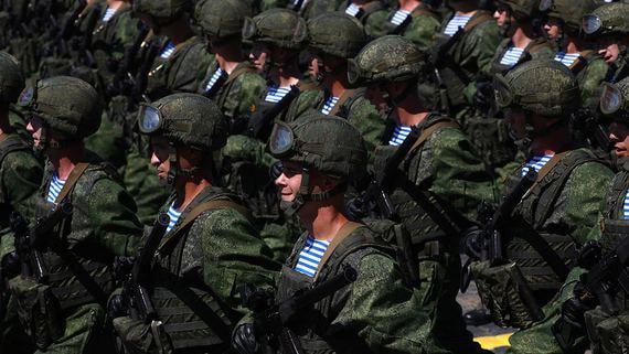 Военнослужащие дефицитных специальностей получат доплаты