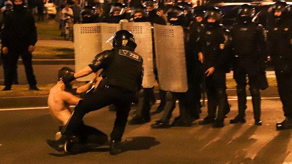 МВД Белоруссии сообщило о задержании около 3000 человек во время протестов