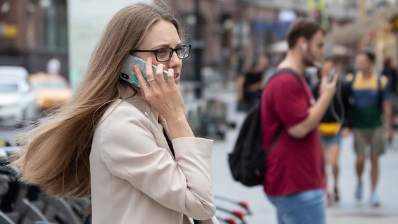 В России выросла продолжительность разговоров по мобильным телефонам