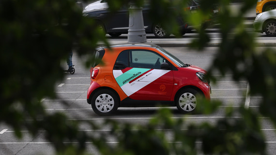 «Делимобиль» начал тестировать водителей на трезвость и усталость