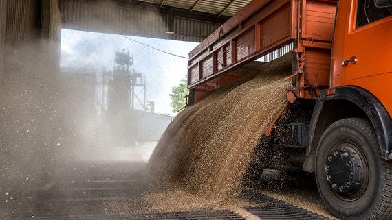 Перевозка зерна подорожала после отказа от незаконных схем
