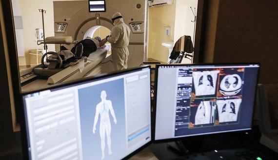 В России выявлено 15 700 новых случаев коронавируса за сутки