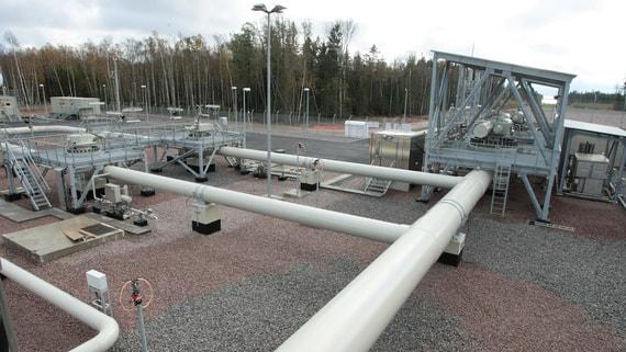 В Польше назвали причину временного прекращения транзита российской нефти