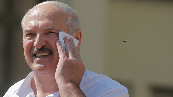 Лукашенко выступил против митинга в его поддержку из-за возможного коллапса