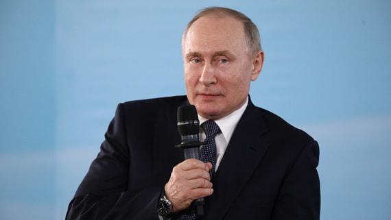 Путин поручил улучшить работу по профилактике абортов