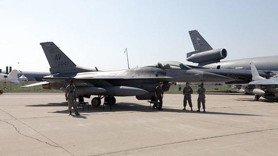 Алиев допустил использование турецких F-16 Азербайджаном