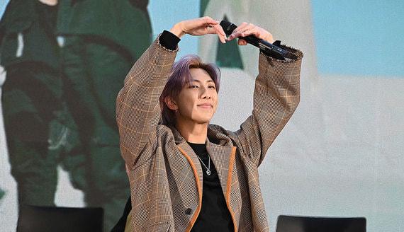 Как музыканты южнокорейской K-pop группы BTS стали мультимиллионерами