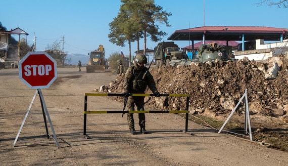 Совфед разрешил Путину отправить российских военных в Нагорный Карабах