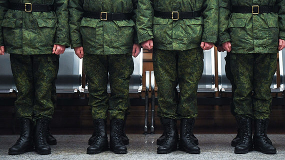 В издевательствах над расстрелявшим сослуживцев солдатом подозревается рядовой