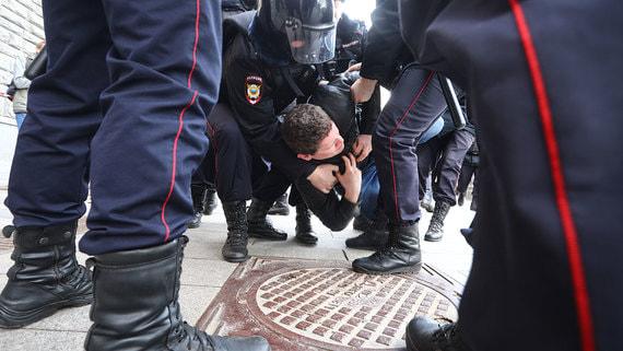 Госдума готовит штрафы для детей и иностранцев за финансирование митингов