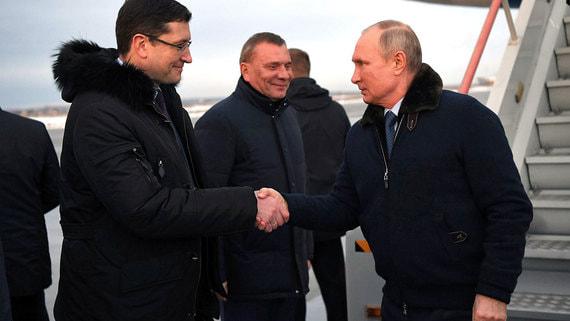 Путин возобновил поездки по регионам в разгар пандемии