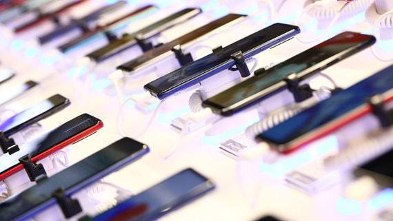 Участники рынка ожидают рекорда продаж смартфонов в России