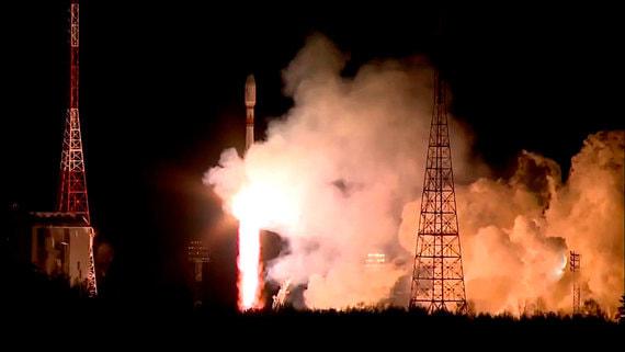 С космодрома Восточный запустили ракету с 36 спутниками связи OneWeb