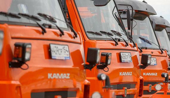 Продажи грузовиков в России снизились после трех лет роста