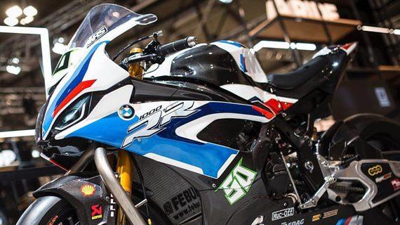BMW запустит в России сервис аренды мотоциклов