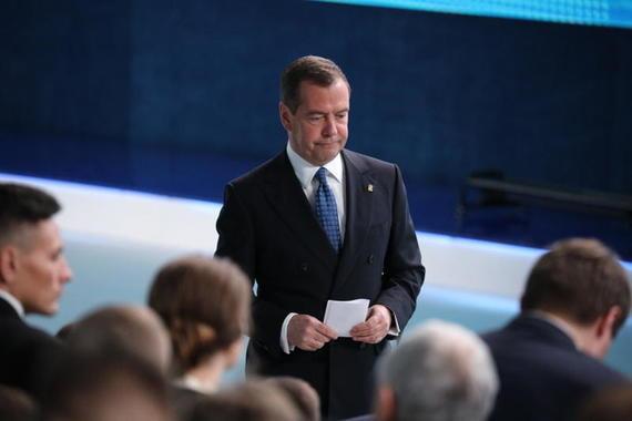 Медведев назвал главные достижения своего правительства