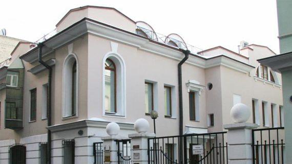 Группа Snegiri перестроит собственные офисы у Патриарших прудов в жилье