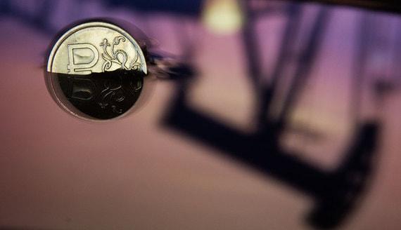 Цены на нефть помогают российскому бюджету все меньше